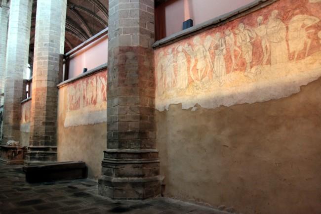 Abbaye et clo tre de la chaise dieu for Chaise dieu danse macabre
